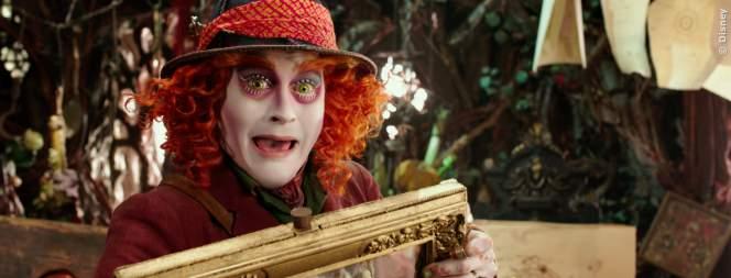 Exklusiv: Gelöschte Szene aus Alice Im Wunderland 2 - Bild 1 von 3