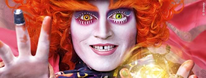 Plakat-Motiv mit Johnny Depp zu Alice Im Wunderland 2 - Hinter Den Spiegeln