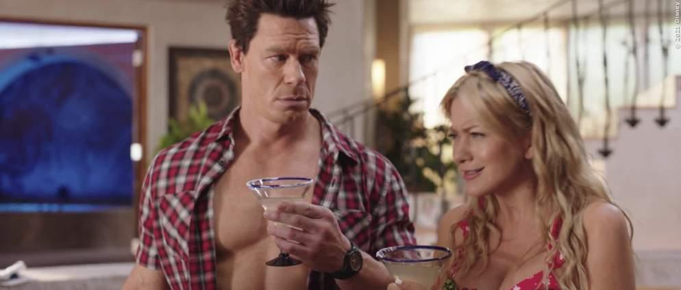 """""""Vacation Friends"""" - Trailer zur Party-Komödie bei D+"""