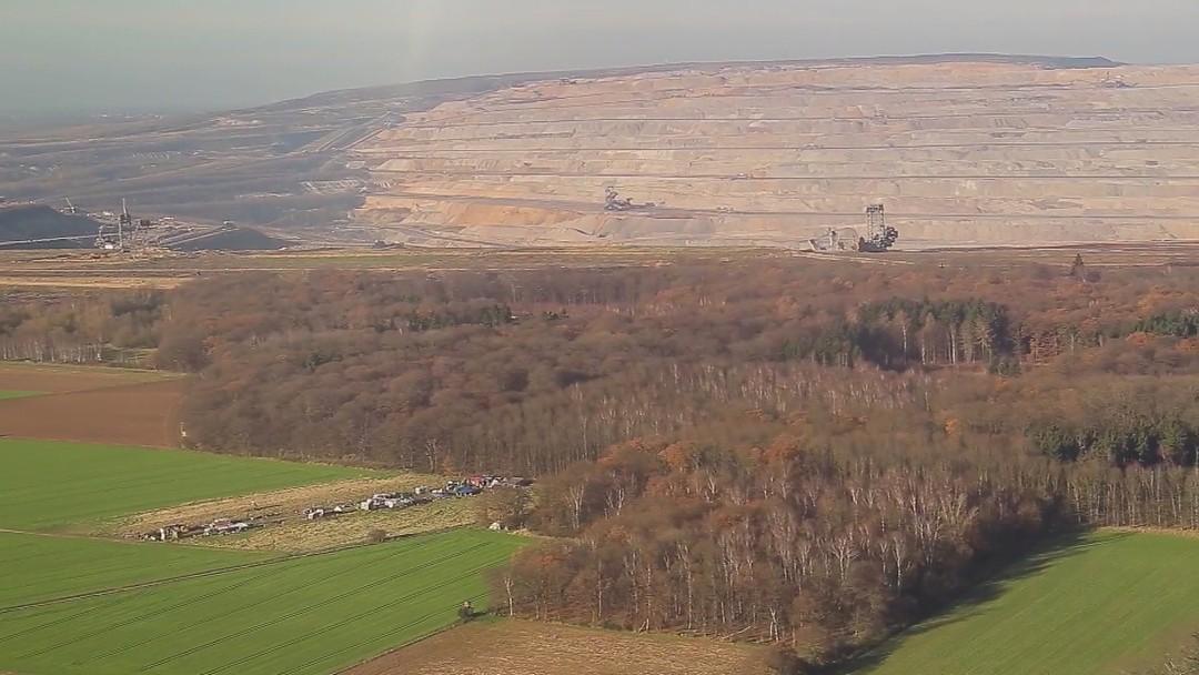 Die Rote Linie Trailer - Vom Widerstand Im Hambacher Forst - Bild 1 von 5